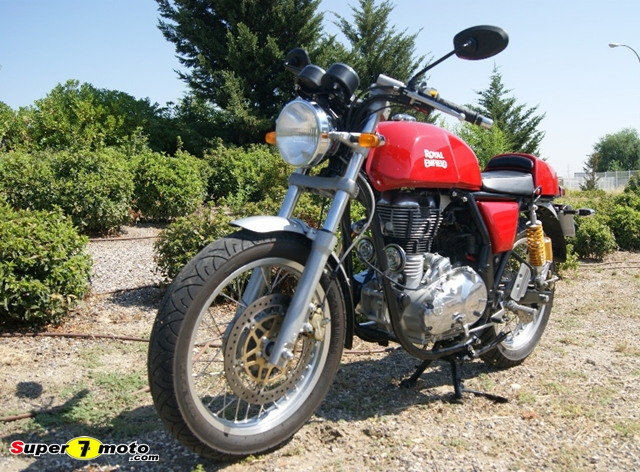 Royal Enfield Continental GTDSC09267