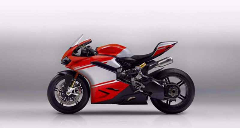 2017 Ducati 1299 Superleggera 13