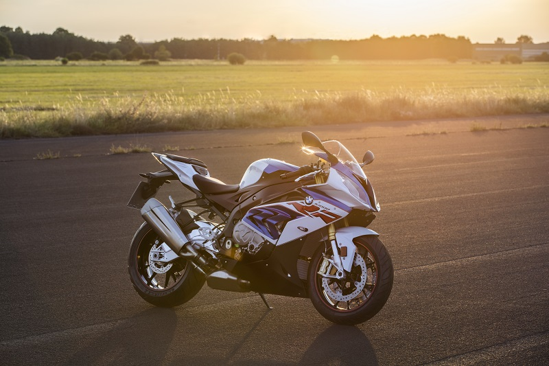 P90234024 highRes bmw s 1000 rr 10 201