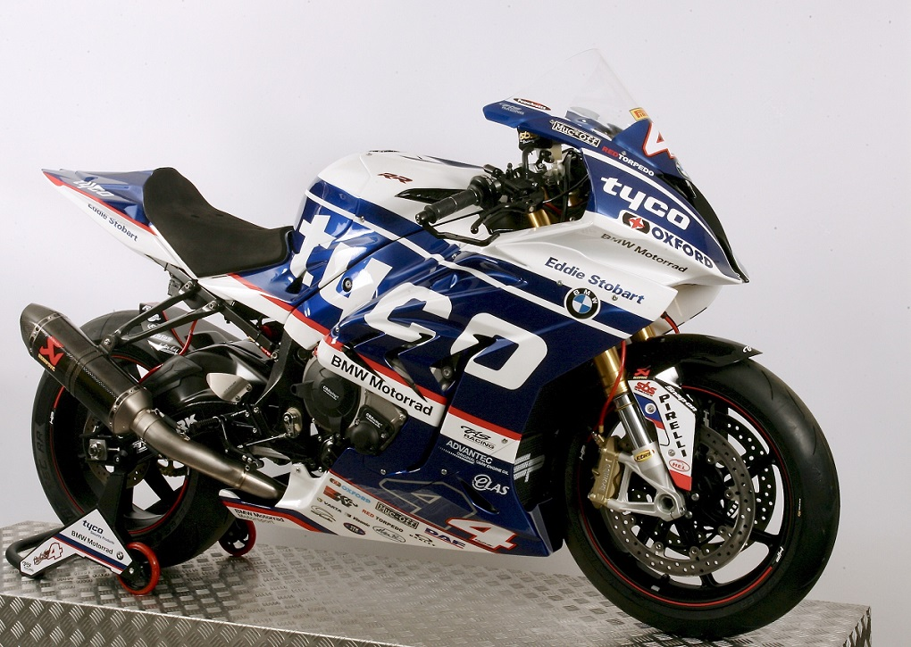 TAS Racing Unveil NEW Tyco BMW livery For 2017 Season 01